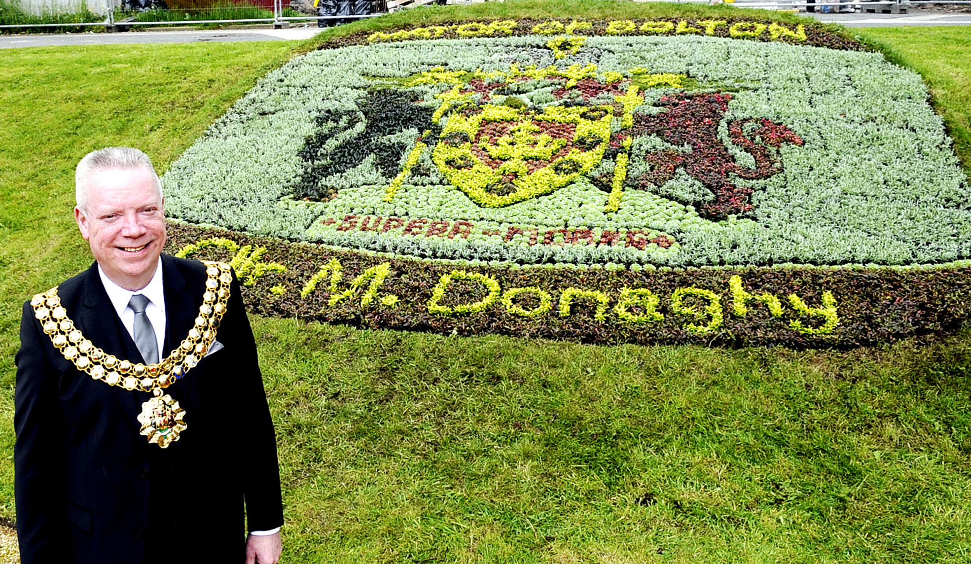 Floral honour for Mayor of Bolton
