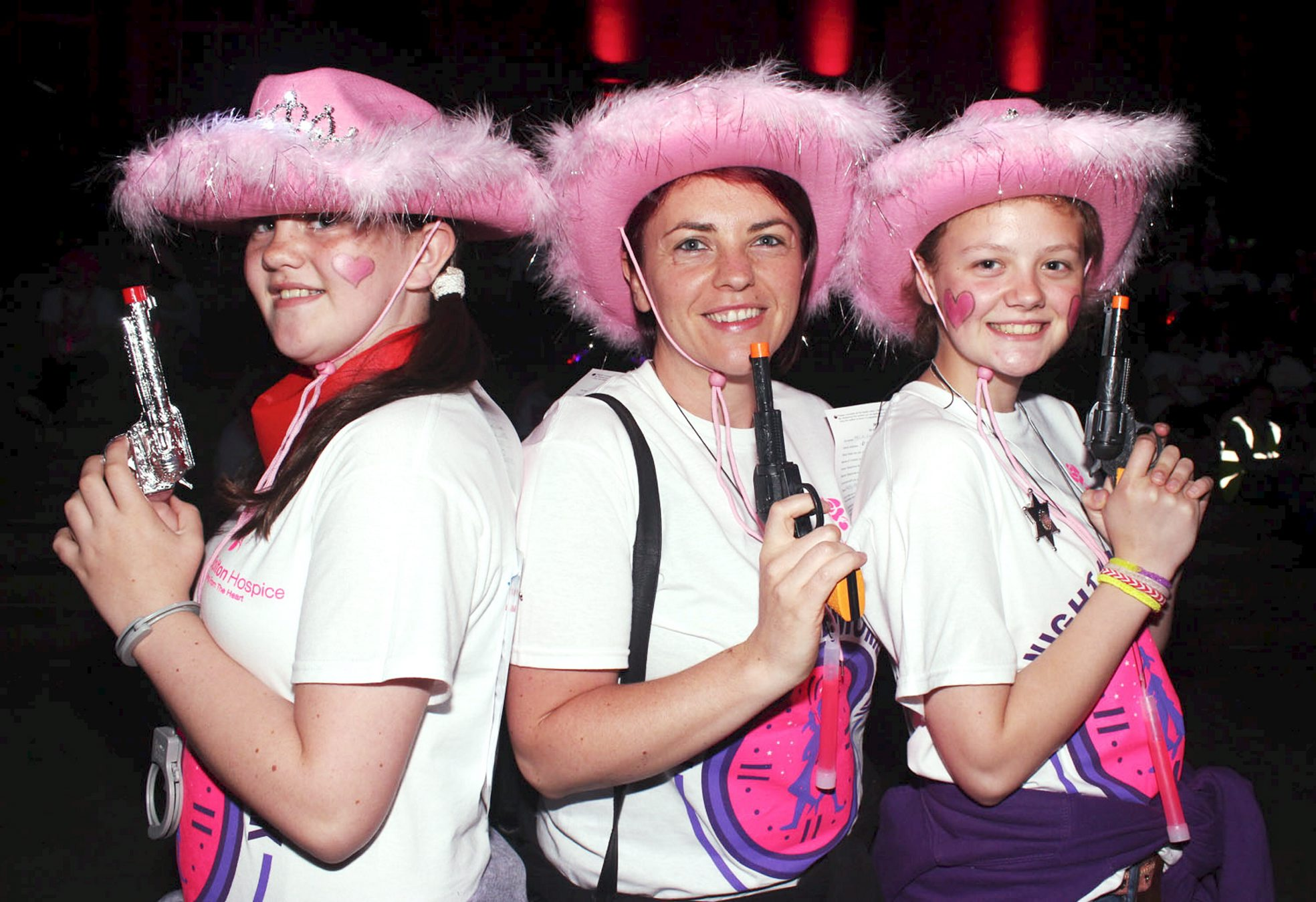 1,000 people take part in Midnight Memories walk