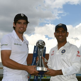 England captain Alastair Cook, left, and India captain MS Dhoni, right, will meet at Trent Bridge on Wednesday