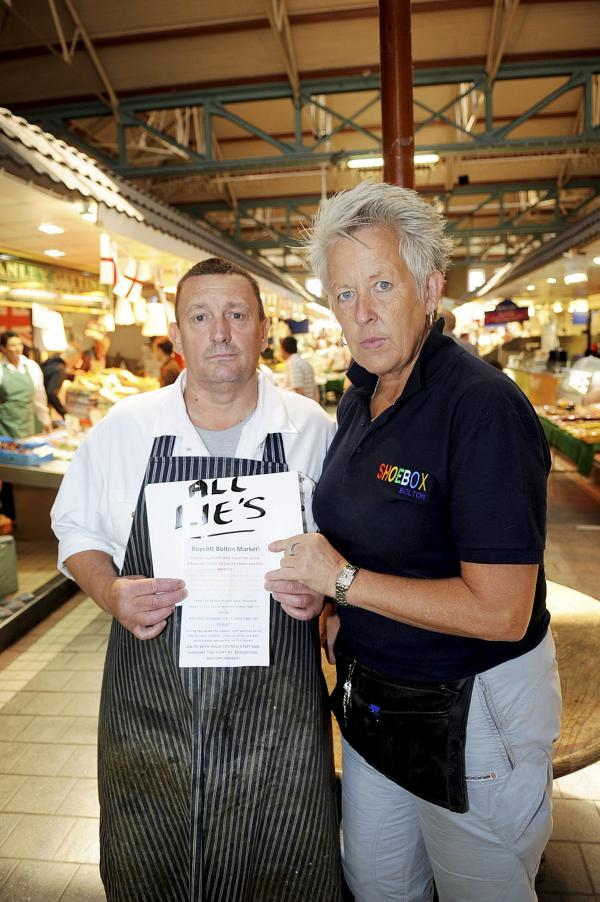 Traders furious as strikers hand out leaflets urging people to boycott Bolton Market