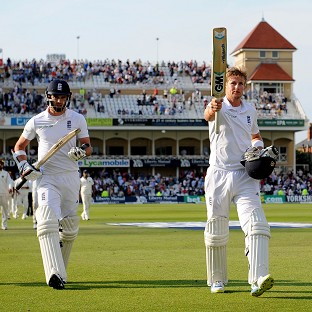 Joe Root, right, and James Anderson, left, reached stumps unbeaten