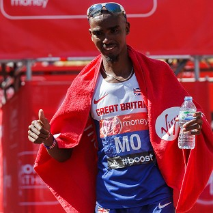 Mo Farah still plans to compete in both the 5000m and 10000m in Glasgow