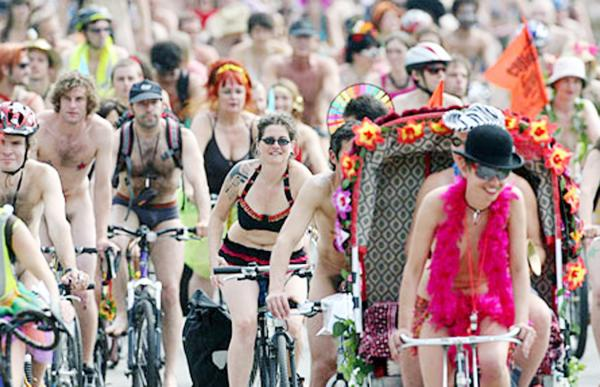 Horwich cyclist injured while doing naked bike ride