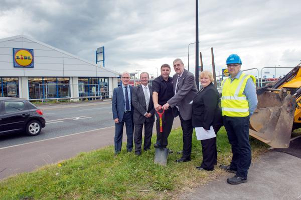 From left, Peter Boulton, Spinning Gate manager Ayrton Westwood, Cllr Mark Aldred, Lord Smith, Cllr Susan Loudon and Richard Owen from North Midland Construction