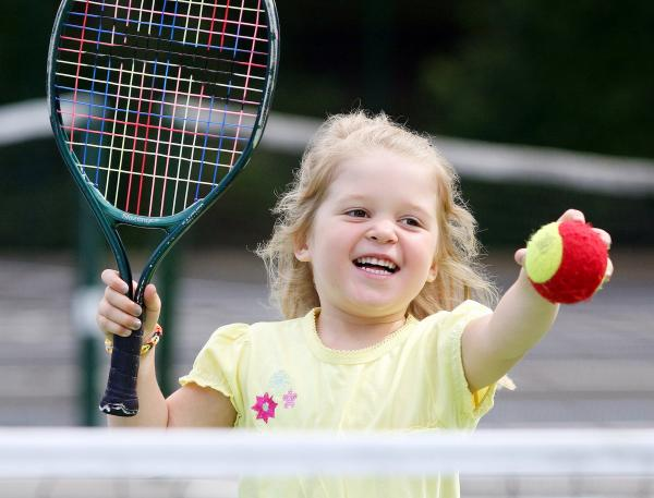 Tennis courts at Moss Bank Park re-open after makeover