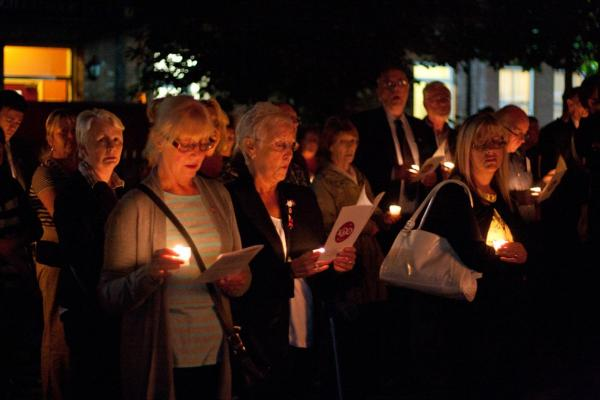 Lights go out as Leigh remembers 100 years on