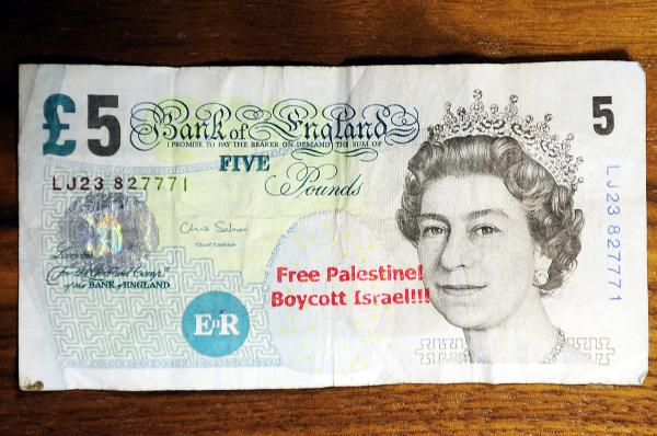 'Free Palestine, boycott Israel' messages stamped on bank notes and handed out by newsagent