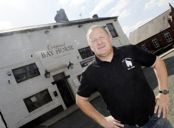 Wanderers legend John McGinlay takes over Horwich pub