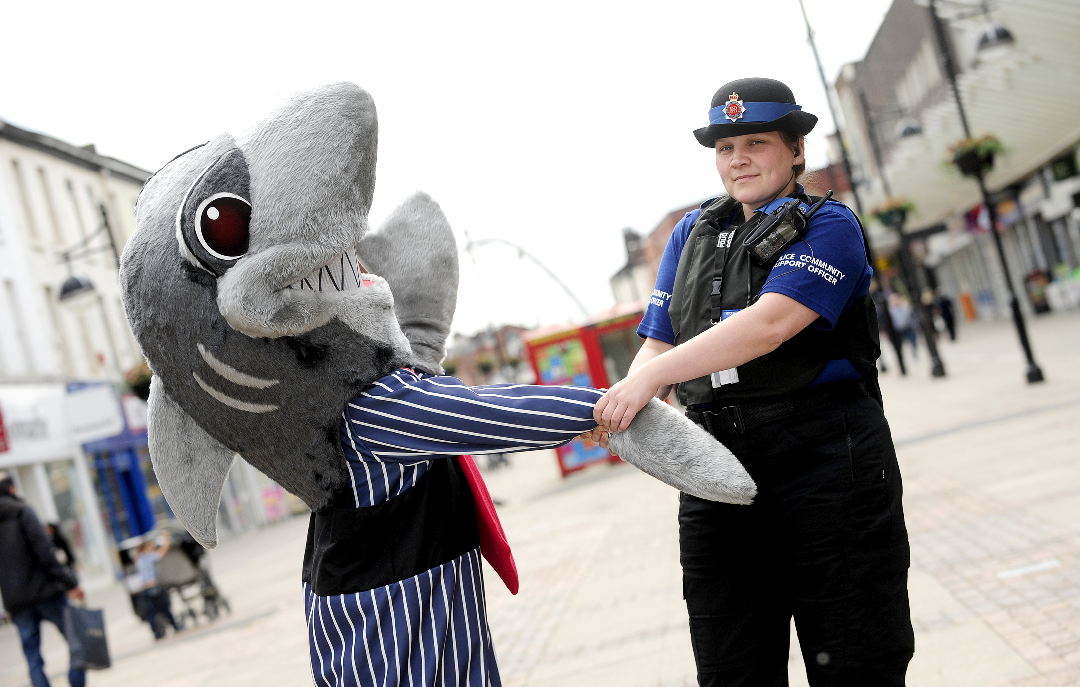 Police stepping up efforts to tackle Bolton's loan sharks   The Bolton News