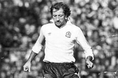 The Bolton News: GOAL: Frank Worthington scored a career-defining wonder goal during his time at Bolton Wanderers