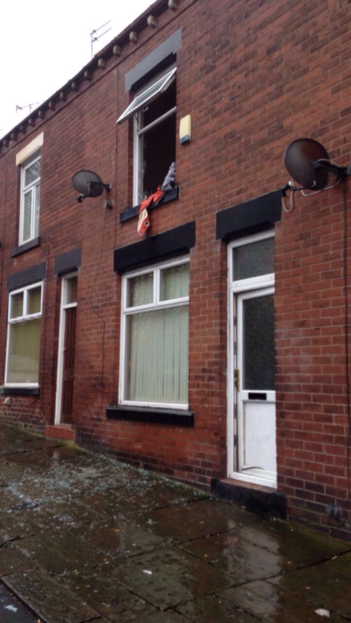 UPDATED/ PICTURES: Man Tasered after climbing on window ledge in police incident