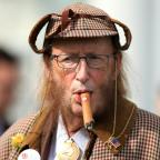 The Bolton News: You won't believe what John McCririck looked like after he went on 100% Hotter