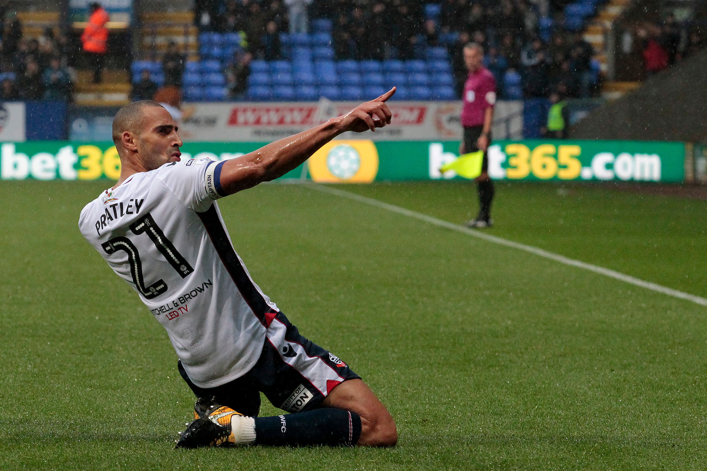 It's a point: Darren Pratley's goal was not enough for victory against QPR