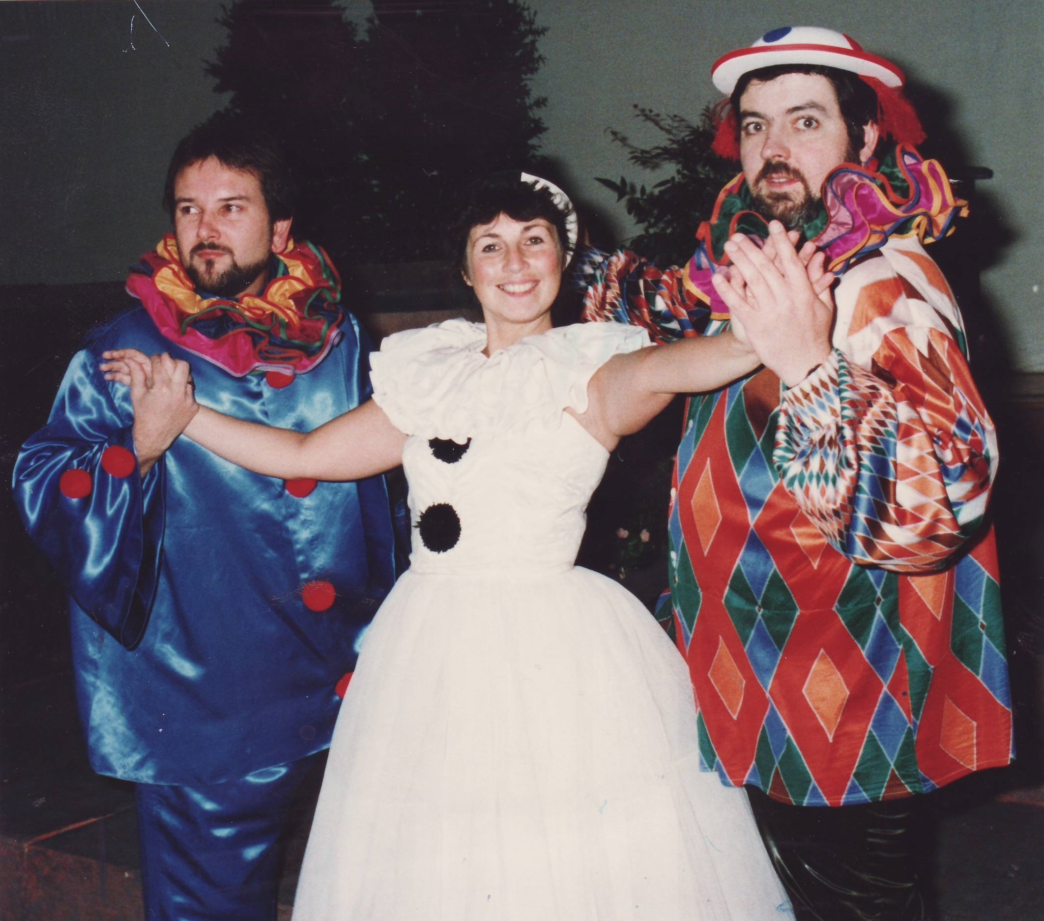 Paul Roberts, Pamela Heywood and Tom Mangnone from Opera 74 in I Pagliacci in 1993