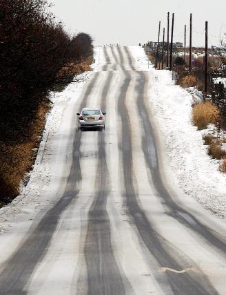Met Office yellow weather warning of ice for Greater Manchester