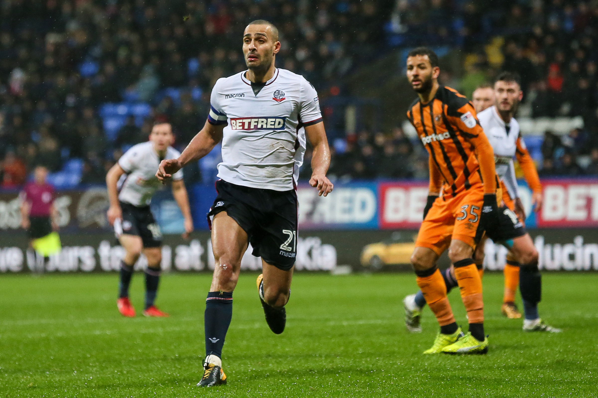 Darren Pratley picked up an ankle injury against Hull City