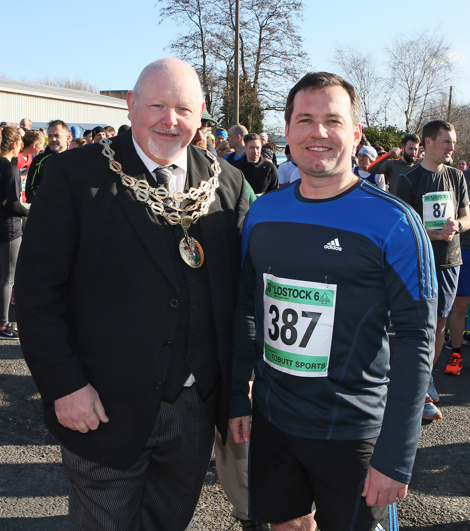 Thre Mayor of Horwich Stephen Rock starts the Lostock 6 Road Race with Chris Green MP who took part in the event...25th February 2018..Photo: Gary Taylor.Tel: 07762 756577...