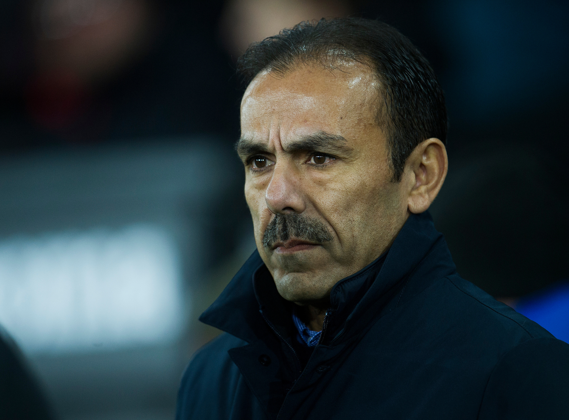 Sheffield Wednesday manager Jos Luhukay admits his side is struggling for confidence ahead of Bolton Wanderers' visit