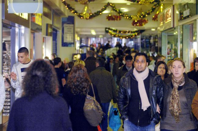Stores set for Boxing Day rush by bargain hunters
