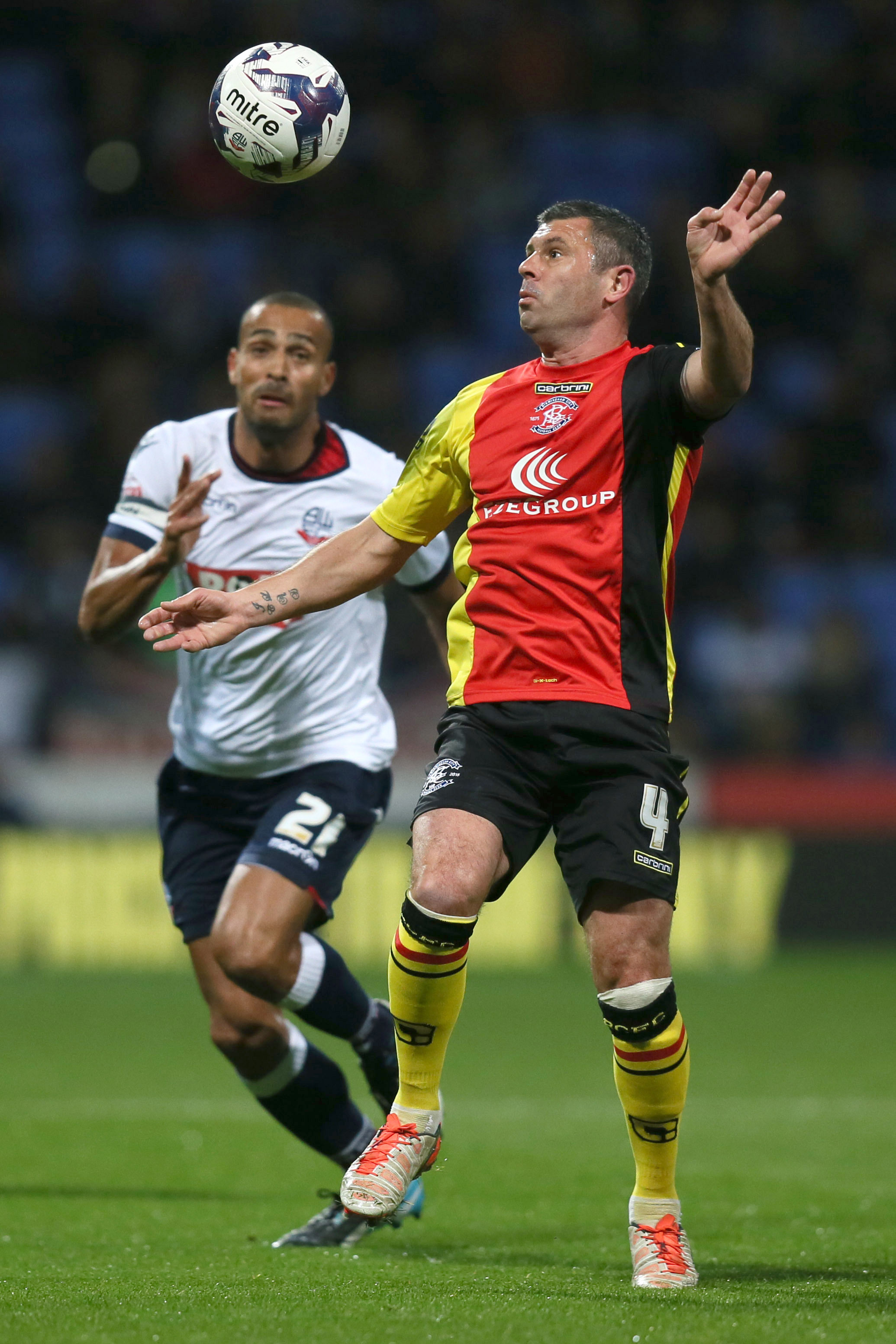 Birmingham City's Paul Robinson and Bolton Wanderers Darren Pratley battle for the ball in 2015