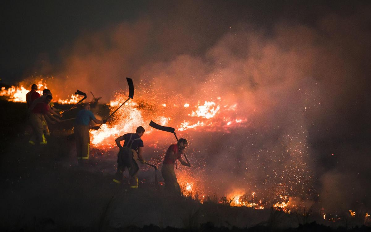 Bolton's Burning ?type=responsive-gallery-fullscreen