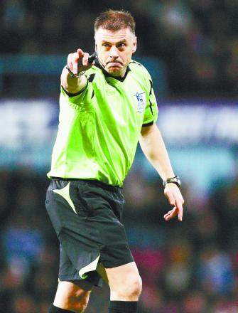 Man who abused Bolton referee on Twitter has been cautioned