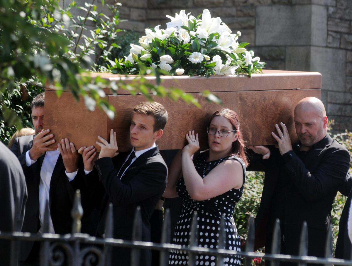 Hundreds attend funeral of tragic footballer michael jones who died hundreds attend funeral of tragic former bury and ramsbottom footballer michael jones izmirmasajfo