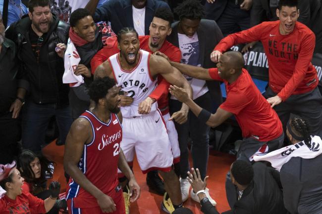 085a90f8975 Kawhi Leonard buzzer-beater sends Toronto Raptors into Eastern ...